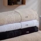 Minos de Naf Naf, Juego de toallas