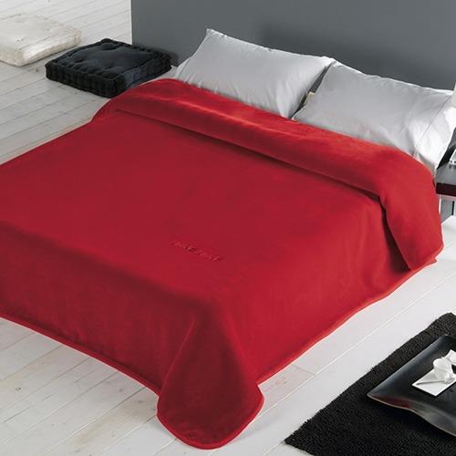 Mantas de cama Star de Naf Naf