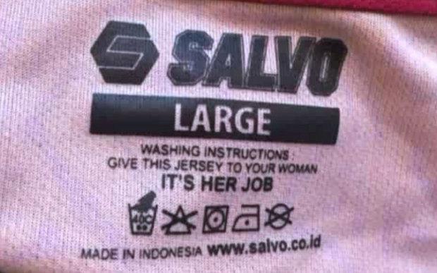 Salvo Sports y su etiqueta de la ropa machista